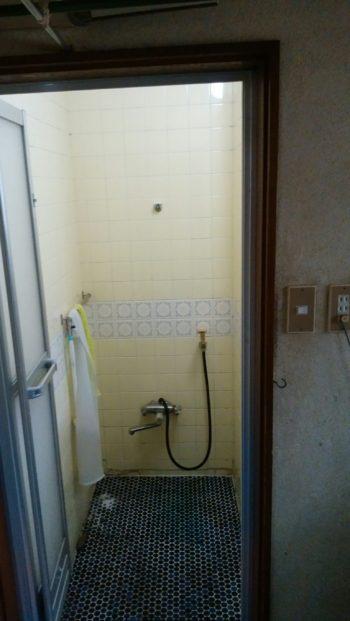 浴室改修・・解体